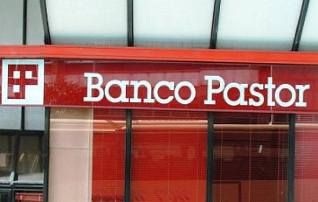 A absorción total do Banco Pastor culmina o afundimento do sistema financeiro galego