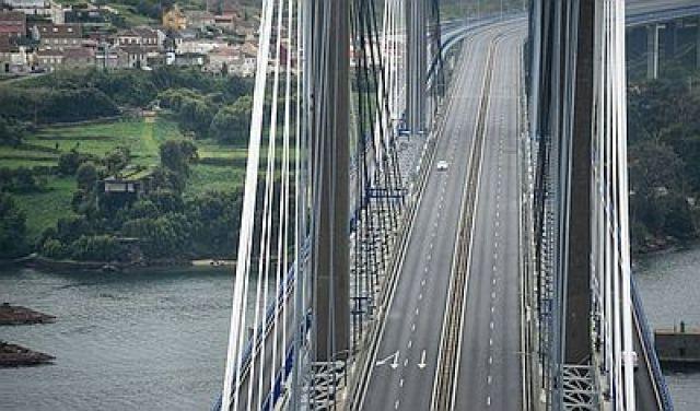 Galicia/ O transporte cae a menos da quinta parte do habitual na primeira semana de corentena, sen mortos nas estradas.