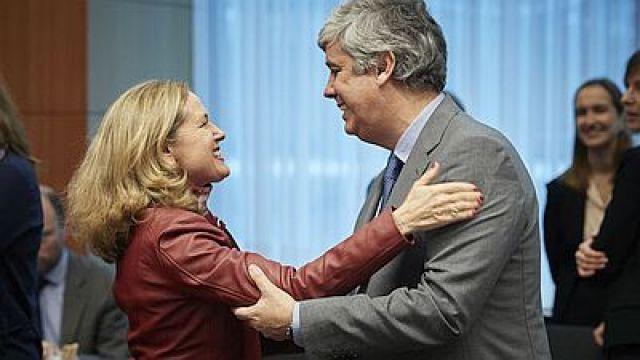 A UE mobiliza 540.000 millóns contra a crise do coronavirus