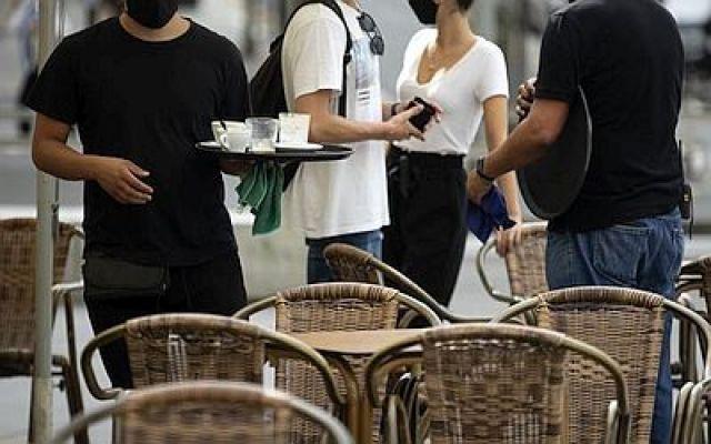 A pandemia destrúe 18.000 empregos en 2020 en Galicia, que volve aumentar o persoal en ERTE