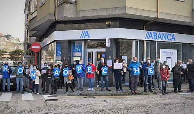 O Banco de España alerta da exclusión financeira en Galicia, con 300.000 persoas con difícil acceso a efectivo